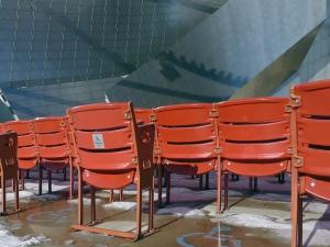 chairs millenium park111
