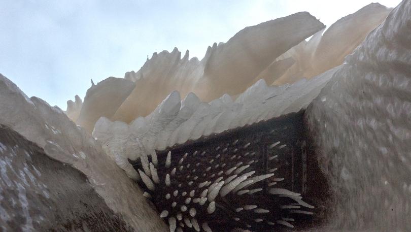 ice spikes 3