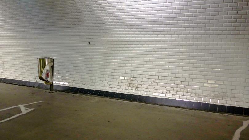 metro trash can 2